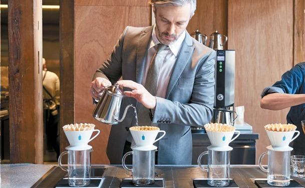 【东京】BLUE BOTTLE COFFEE蓝瓶咖啡日本1号店改装扩大,清澄白河旗舰店强势回归