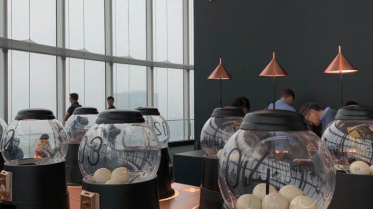 自己的咖啡自己扭!GACHA GACHA COFFEE 日本第一間扭蛋咖啡店诞生